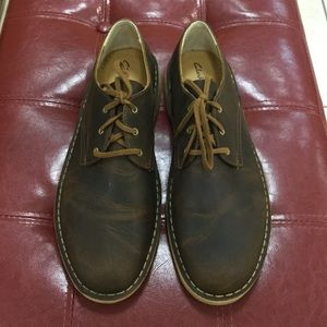 Clarks Desert Crosby in beeswax size 11